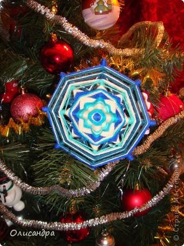 """Новый год уже наступил,а я все """"снежинки"""" делаю... Правда, начала  делать еще в прошлом году, но что-то не заладилось и она попала в """"долгий ящик"""".... фото 1"""