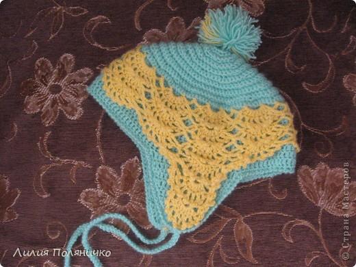 Вот такая шапочка связалась моей малышке буквально за дня три (с перерывами на домашние дела) фото 1