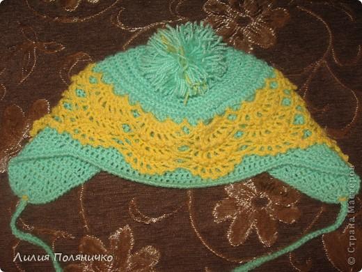 Вот такая шапочка связалась моей малышке буквально за дня три (с перерывами на домашние дела) фото 2
