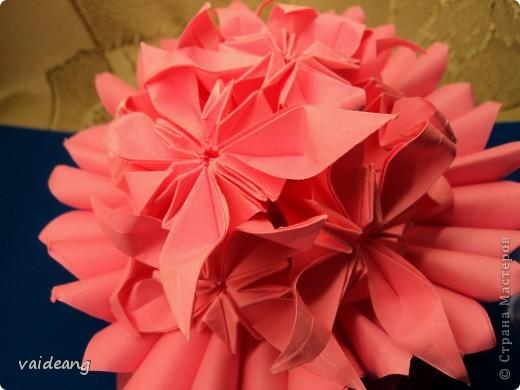 Цветочки -упрощенные маргаритки ,убрала пару сложений . фото 2