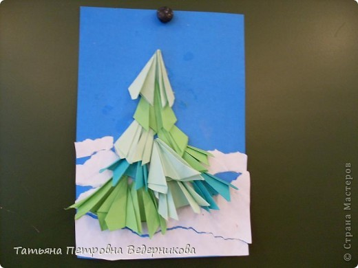 """После выполнения работы """"Ваза с цветами"""" кадеты моего класса загорелись идеей сделать еще поделки из гофрированного картона. Когда они увидели фотографии на сайте, они решили, что будут выполнять Кроша. Вот что получилось) фото 3"""