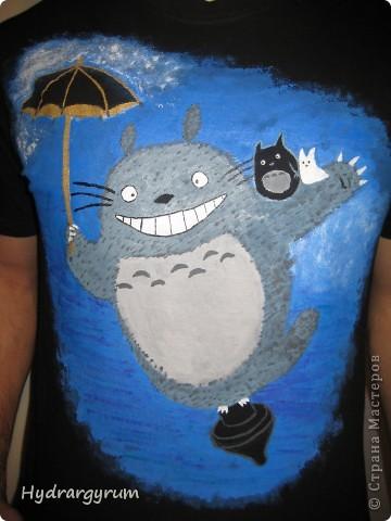 Вот такую футболку я разрисовала акрилом для мужа фото 2