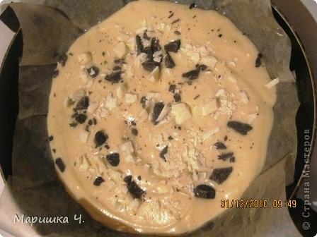 Очень вкусный пирог получается!!!! Особенно если йогурт вкусно пахнет, то и пирог благоухает очень аппетитно!!! фото 4