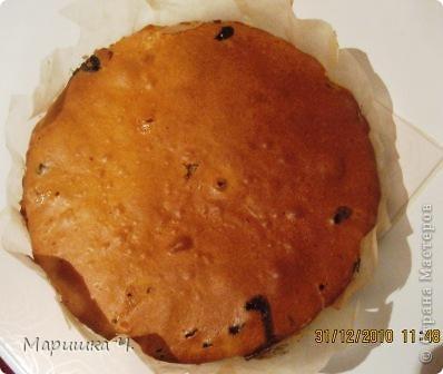 Очень вкусный пирог получается!!!! Особенно если йогурт вкусно пахнет, то и пирог благоухает очень аппетитно!!! фото 5