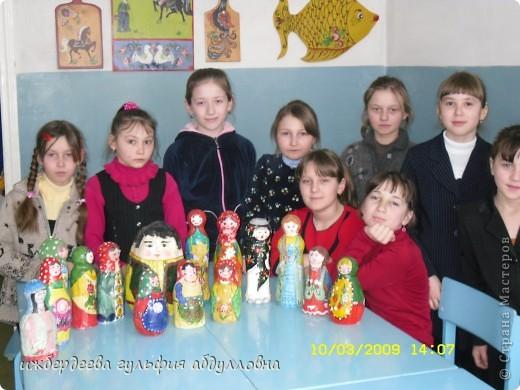 МОИ воспитанницы со своими первыми работами в технике папье-маше