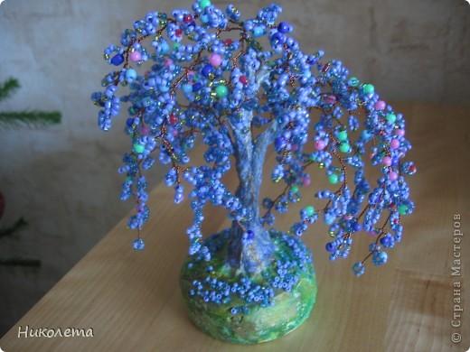 Понравилось делать деревья из бисера это моё второе деревце фото 1