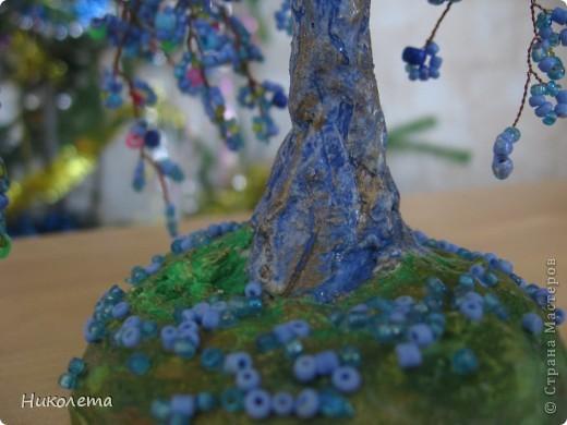 Понравилось делать деревья из бисера это моё второе деревце фото 3