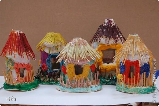 Общяя фотография домиков. Работы детей в возросте 6-8 лет.  фото 8