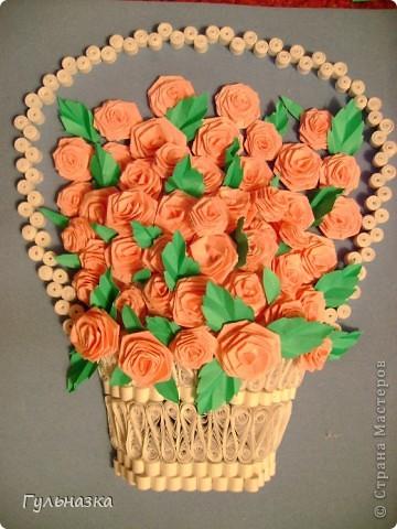 Вот такая корзиночка с розами. Закончала только что и не удержалась захотелось похвастаться))))))))))))))) Рамки пока нет. фото 1