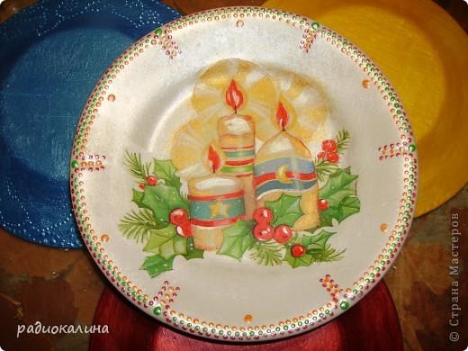 Уходит новогодний праздник и нам жаль расставаться, но скоро новые праздники будут, а на прощание тарелочка.