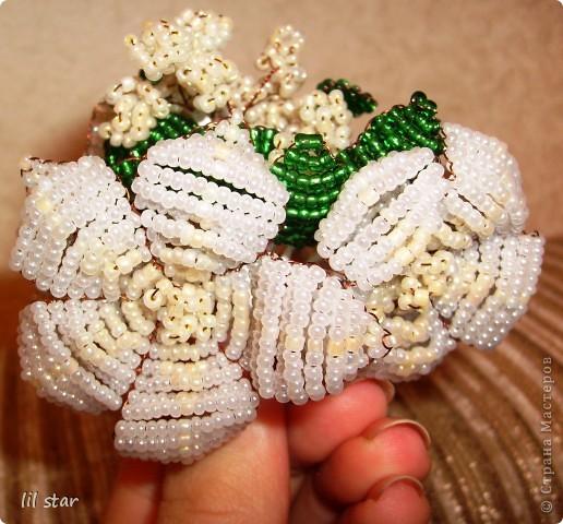 Букетик цветов делала полгода назад, схему брала в журнале Чудесные мгновения №11/2006 год. фото 2