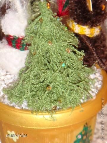 Это новогоднее дерево с символами года мне мама сделала в подарок. фото 3