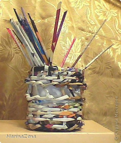 Первые работы в плетении из газет фото 3