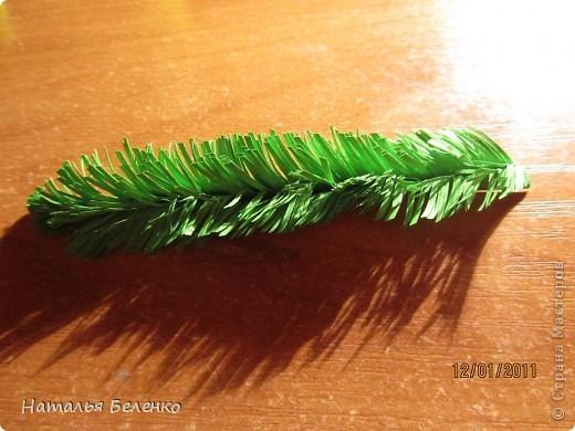 Здравствуйте, уважаемые жители СМ. Сегодня у меня еще один зимний букет - белые розочки в сочетании с еловыми веточками и травинки для декора. фото 16