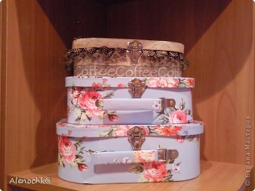 Купила по случаю себе коробочки в виде чемоданчиков в наборе 3 штуки. фото 9