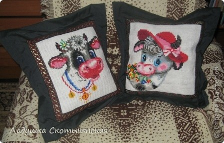 Это работы моей мамы Нины Васильевны. Для вышивки использовалась крупная канва из сизаля. По краю пришита тесьма. фото 1