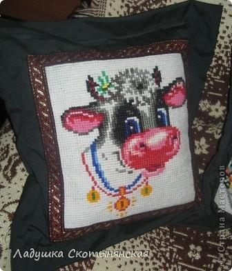 Это работы моей мамы Нины Васильевны. Для вышивки использовалась крупная канва из сизаля. По краю пришита тесьма. фото 2