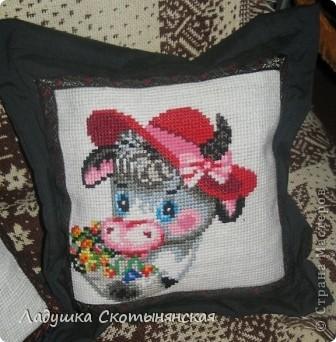Это работы моей мамы Нины Васильевны. Для вышивки использовалась крупная канва из сизаля. По краю пришита тесьма. фото 3