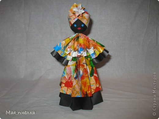 Вот таких кукол я делаю в технике модульного оригами. Это невеста. фото 3