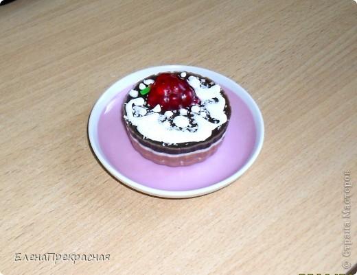 """Такое """"вкусное """"мылко!Нижний слой- аромат молочный шоколад, верхний- кофе. Ягодки пахнут земляникой! фото 2"""