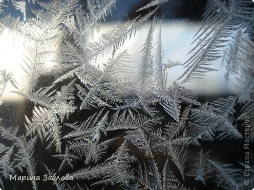 Морозные рисунки на стекле фото 5
