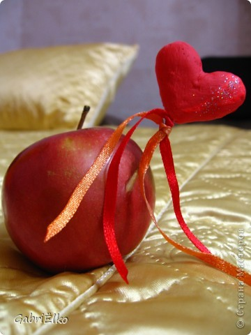 Сердечко Валентинка)))))соленое тесто раскрашено акриловыми красками фото 3