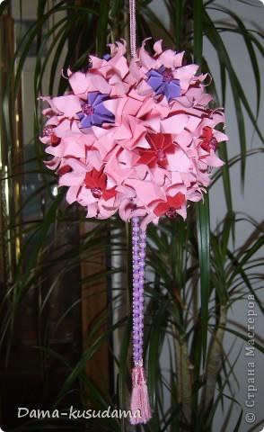 квадратики 8,5 см всего 17 цветочков собирается в круги 5-7-5 фото 1