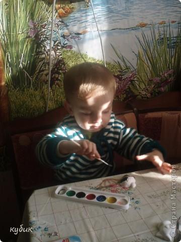 Сегодня мы мастерили из гипса, Игнаша очень заболел, делал пока не было температуры.его любимый друг:)) фото 8