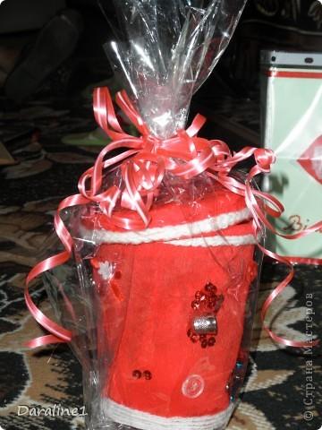 Вот так выглядит весь набор : коробочка для ниток  и пуговиц,открытка,вазочка. фото 2