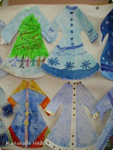 Попробовали побыть Юдашкиными)) Моделировать еще не умеем, но нарисовать общий вид платья у многих детей получилось. фото 3