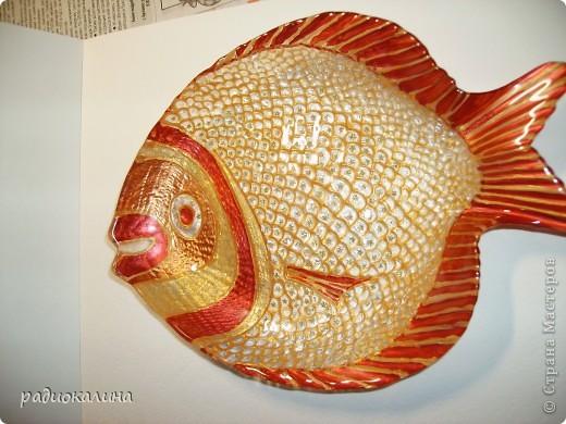 Вот такую золотую рыбку хочу подарить всем своим друзьям-рукодельницам, знакомство с которыми принесло в мою жизнь много новых перемен. фото 1