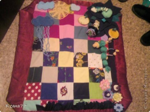 Вот сшила коврик для сынули. На сайте представлено много развивающих ковриков, решила показать свой.  фото 1