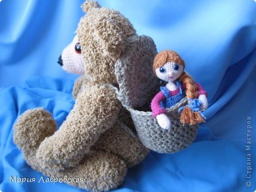 """В детском саду объявили конкурс  """"Сказочные персонажи"""". Мы с дочкой  выбрали сказку  """"Маша и Медведь"""" и решили их вязать крючком. фото 2"""
