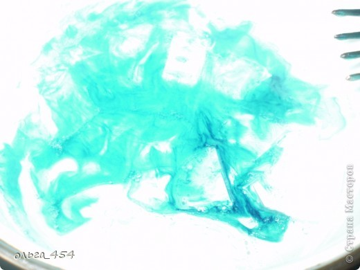 Растроряем прозрачную основу на водяной бане (у меня электрическая плита я на низкой температуре плавила) фото 4