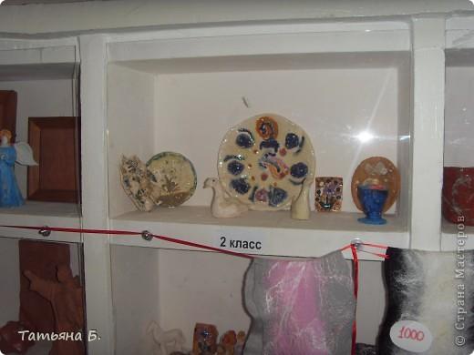 """Хочу поделиться фото репортаж ом с Рождественской ярмарки.. Столько все там было интересного и необычного.  Руками детей было сделано множество поделок.  Такой там был  теплый дух.. Так было приятно там  прибывать.. Ходить по этажам.. Попадать то на корабль """"Гале он"""" то в русскую избу.. фото 60"""