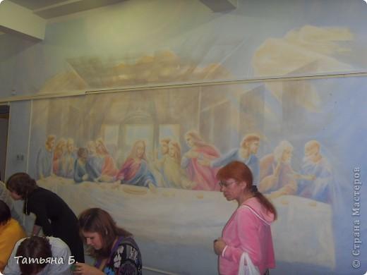 """Хочу поделиться фото репортаж ом с Рождественской ярмарки.. Столько все там было интересного и необычного.  Руками детей было сделано множество поделок.  Такой там был  теплый дух.. Так было приятно там  прибывать.. Ходить по этажам.. Попадать то на корабль """"Гале он"""" то в русскую избу.. фото 53"""