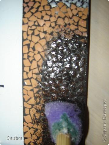 Вот такую рамочку я сделала, с помощью яичной скорлупы и акриловых красок) фото 5
