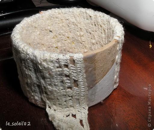 Вот такие шкатулочки можно сделать из бабин от скотча. фото 6