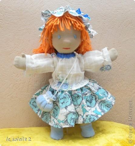 Вальдорфская кукла. Зовут Алиса. Это мой первый опыт в шитье таких кукол.  фото 1