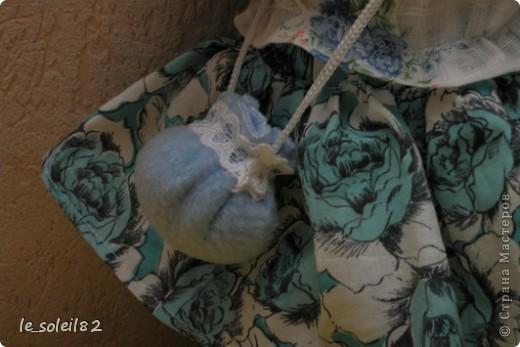 Вальдорфская кукла. Зовут Алиса. Это мой первый опыт в шитье таких кукол.  фото 10