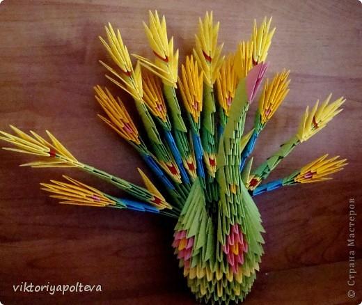 Выставка увлечений педагогов на районном Дне Учителя. Я представила свои работы в технике модульное оригами. фото 3