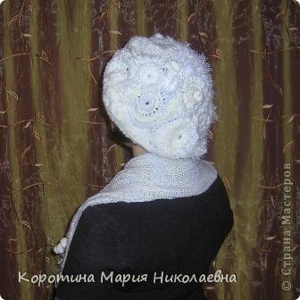 Представляю вашему вниманию своё изделие - комплект беретик и шарф, выполненные в технике вязание крючком и спицами. Берет связан в технике фриформ, на основе моделей журнала мод - вязание ,шапочки фото 2