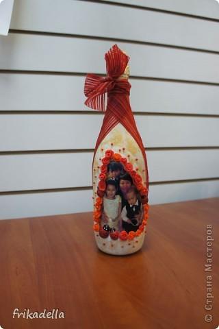 Так как в настоящее время я очень плотно увлеклась декором бутылочек, то и на ДР своей свекрови будет подобный подарок:)) фото 1