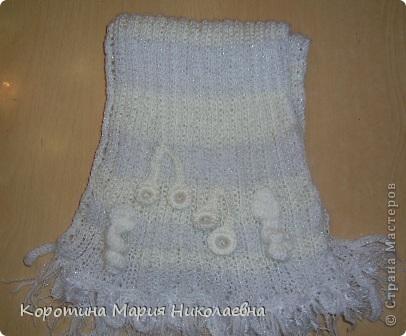 Представляю вашему вниманию своё изделие - комплект беретик и шарф, выполненные в технике вязание крючком и спицами. Берет связан в технике фриформ, на основе моделей журнала мод - вязание ,шапочки фото 3