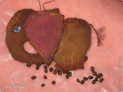 вот за несколько вечеров сшила и раскрасила таких кофейно-ванильно-коричных чуд-юд)) фото 6