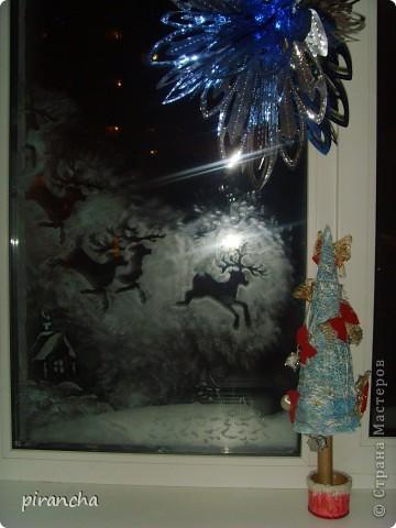 Губка, зубная паста, трафарет и на окнах морозные узоры! фото 1