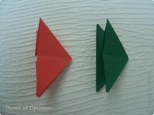 Каждый год мы отмечаем Победу в Великой Отечественной войне. Наш импровизированный «вечный огонь» в технике оригами символ памяти о каждом солдате, отдавшему жизнь за мирное небо.   фото 15