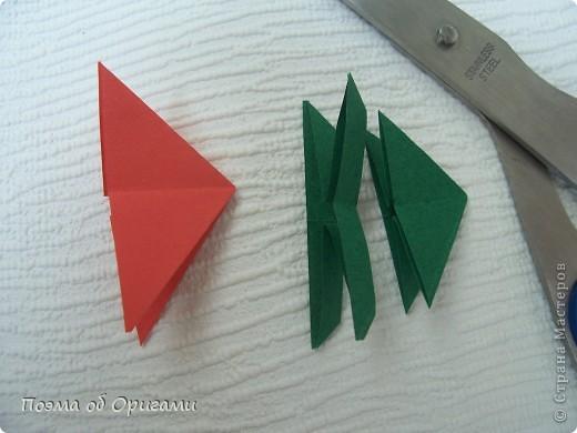 Каждый год мы отмечаем Победу в Великой Отечественной войне. Наш импровизированный «вечный огонь» в технике оригами символ памяти о каждом солдате, отдавшему жизнь за мирное небо.   фото 16