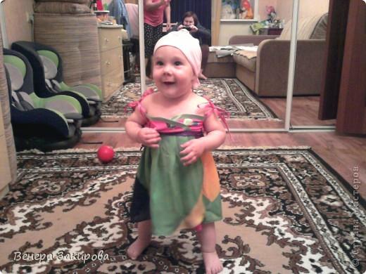У подружки есть дочурка,  сшила я ей сарафан. :-) По эмоции дочурки сразу видно он ей мил