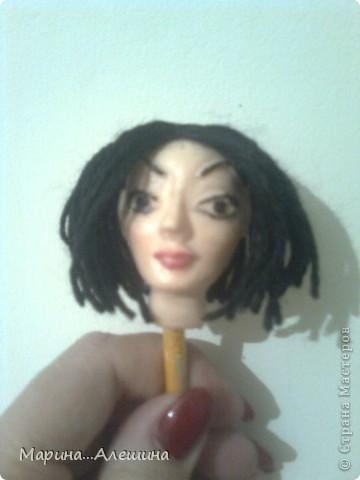 Это голова будущей куклы.Делала из полимерной глины первый раз в жизни.Вообще ...  лепила голову первый раз. фото 1